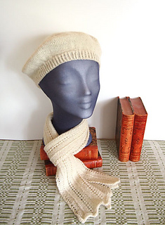 Teaberet-et-scarf-1-web_small2