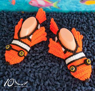 Fishy-feet-slippers-cover-for-rav_small2