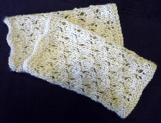 Lace_gloves_633_r_small2