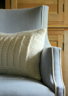 Fine_lines_pillow_rectangle_lighter_w_c_small2