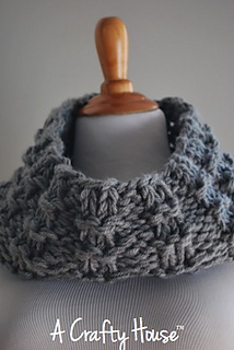 Ach_mid-december_cowl_004_small2