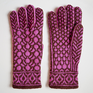 Redbud_gloves_pic1_small2