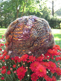 Chunky_cabled_hat_small2