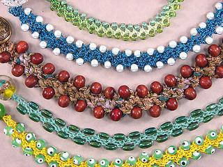 Turkish_flat_crochet_bracelets_-_adeler_small2