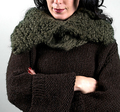 Scarves_warblercowl1_small
