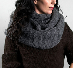 Scarves_harrisoncowl1_small