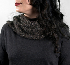 Scarves_sparrowcowl1_small