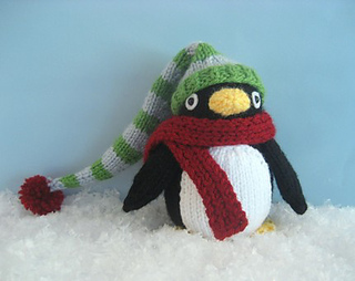 Knit_penguin_small2