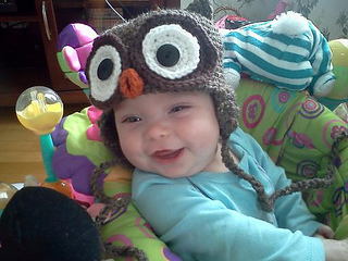 Alice_owl_hat_2_small2