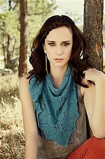 Sorority_2d00_shawl