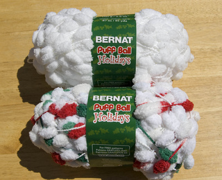 Bernat_puff_ball_whites_small2