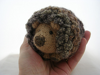 Small Hedgehog Knitting Pattern : Ravelry: Hedgie the Hedgehog pattern by Br? Bears