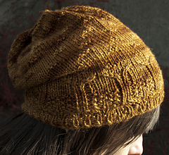 Acorn_hat_close_square_small