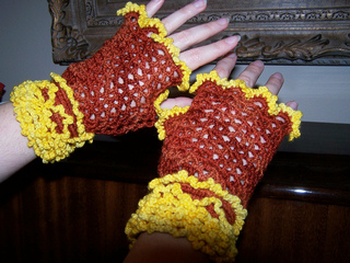 Lace_mitts_007_brown_small2