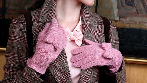 Melodie_gloves_1_medium