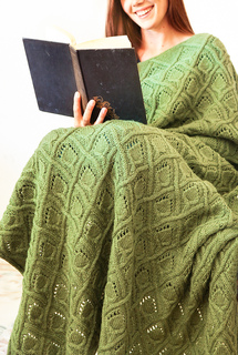 Page_turner_green_girl_cropped_sml_small2