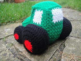 Crochet_tractor__10__small2
