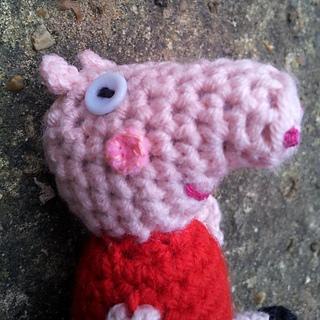 Crochet_peppa_pig__44__small2