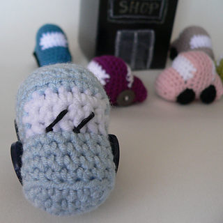 Tiny_crochet_car_pattern__1__small2
