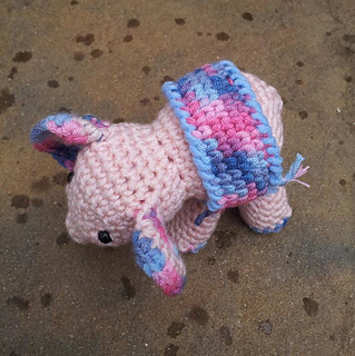 Meimei_crochet_baby_elephant__2__small2