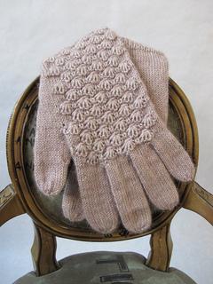 Cockleshell_gloves_boudoir_012_small2
