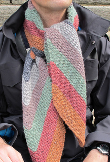 Scarf_tied_front_small2