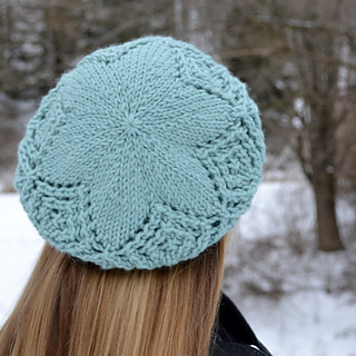 Free Knitting Pattern Beret Straight Needles : Ravelry: Frostbitten Beret pattern by Melissa Burke