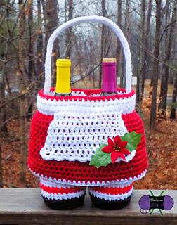 Mrs_claus_dress_basket_small2