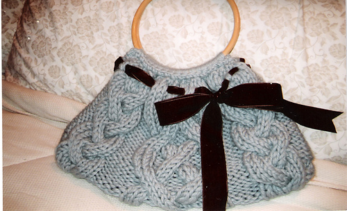 Cabled_bag_medium