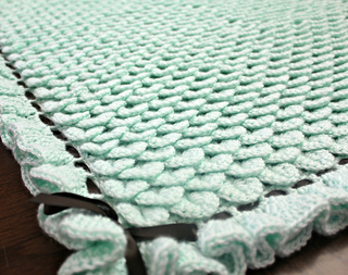 Crocodile_stitch_baby_blanket_small2
