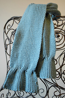 Cable_ended_scarf_small2