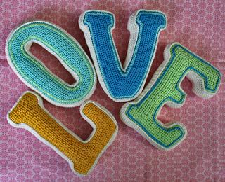 Love_9_small2