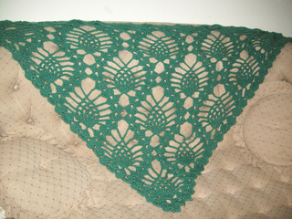 Pineapple_prayer_shawl_04_small2