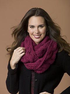 7-24k_doublewrapinfinscarf_00093_small2