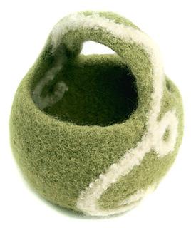 Green_swirl_basket_small2