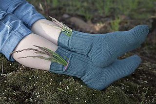Pocket_socks_horizontal_weeds_small2