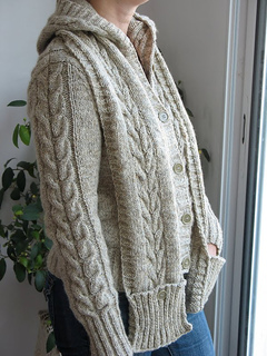 Central Park Hoodie Knitting Pattern Free : Ravelry: Central Park Hoodie Scarf pattern by Cathy Tricotons