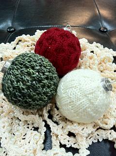 Christmas_balls2_small2