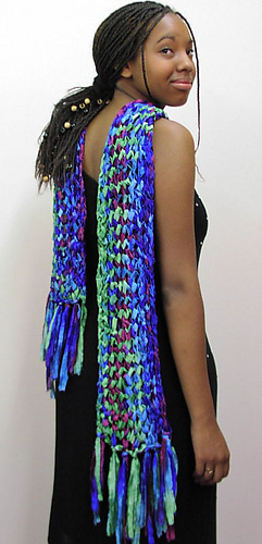 Sachetrickrackscarf_medium