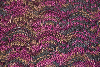 Smokencowl_closeup_small2