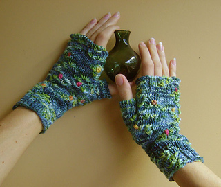 Monet_mitts__9__smaller_small2