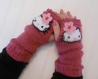 Hello Kitty Mittens Knitting Pattern : Ravelry: Fans of Hello Kitty - Kitt Mitts pattern by Jennie Claver