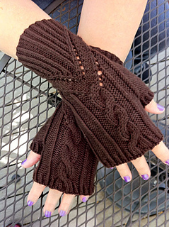 Grand_right_and_left_mitts_small2