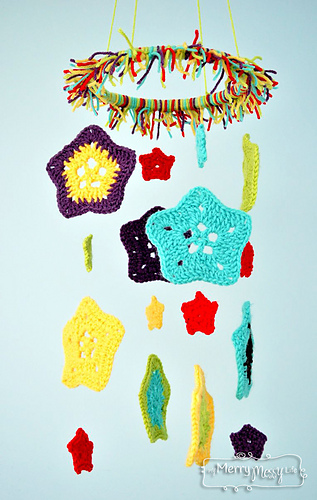 Crochet-baby-mobile-5_medium