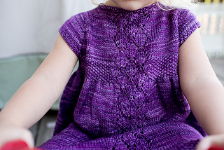 Lily_s_dress_close_up_web_small2