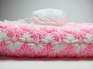 Crochet Zig Zag Puff Stitch : Ravelry: Zig zag puff baby blanket pattern by Fiorella Pittal?