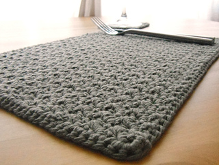 Crochet_placemat__2__small2