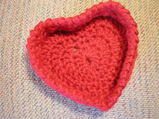 Heartshaped_basket_1_small2