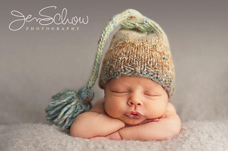 Bobby_in_elf_hat_small2