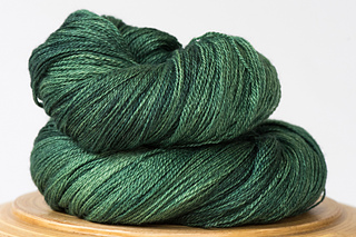 Arietta-hand-dyed-yarn-english-ivy_small2